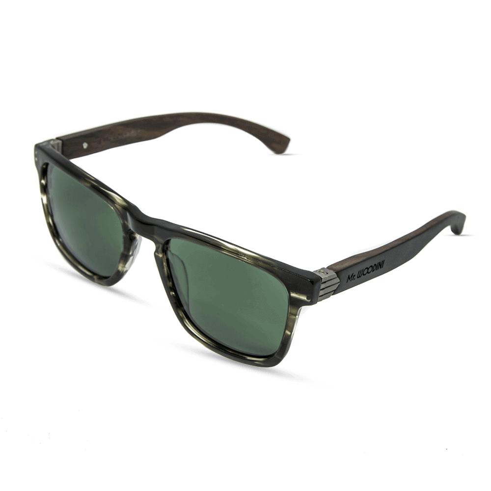 משקפי שמש מאצטט בגוונים אפור-ירוק בשילוב עדשות ירוקות וזרועות עץ - דגם  Vulcan